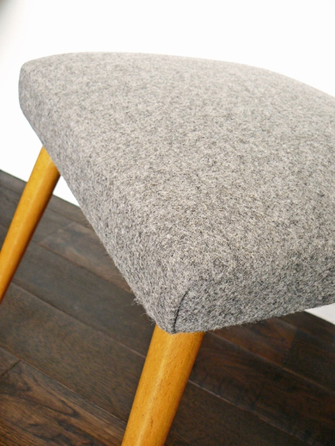 grey_stool_close_up